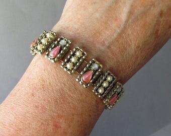 1950's Vintage Faux Coral, Pearl & Blue Moonglow Glass Cabochon Bookchain Bracelet