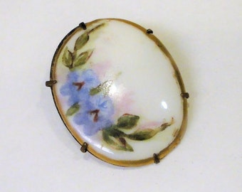 Victorian Hand Painted Porcelain Brooch Late Victorian Period Jewelry Mounted Brass Oval