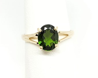 2.02ct Chrome Diopside Oval 10kt Yellow Gold Ring Size 8.5
