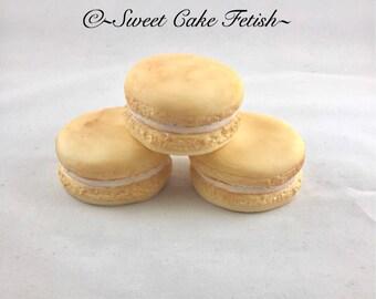 Fondant Macaroons  Sugar Macaroons  Gumpaste Macaroons  Edible toppers  Cupcake toppers  Macaroons  Cake toppers  Macaroon cupcake toppers