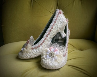 Marie Antoinette Shoes Heels Pink Dusty Rose Costume Floral Ivory Off White Antique Vintage Style Lace Pearls Bridal Custom Wedding Shoes