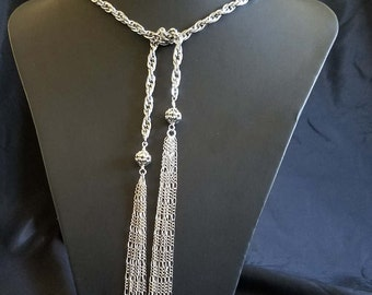 Chain Lariat Necklace with Tassos