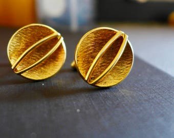 Vintage Set of Swank Cuff Links / Gold Tone Cuff Links