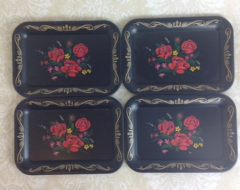 Lovely Cottage Chic Set of 4 Tole-Like Trays Black Gold with Red Roses