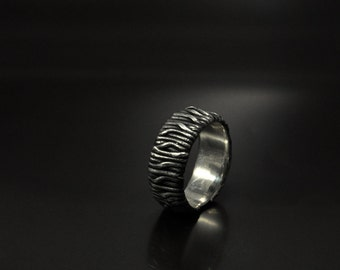 "Sterling Silver Handmade Ring ""Reullum"" 