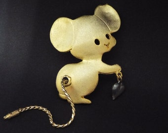 Vintage Mouse Brooch Ultra Craft Gold Tone Heart Charm