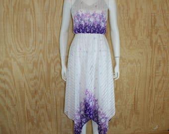 Vintage 1970's Purple / White Floral Handkerchief Hem Disco Tea Length Sundress Sun Dress S Small