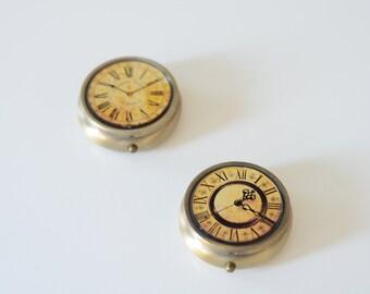 Vintage Clock Pillbox/ Clock print pillbox/ vintage pillbox (1 box)