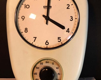 """Vintage Kitchen Wall Clock with Timer """"Forme Pratiche""""Made in Italy 1950s Light Blue"""