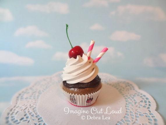 Fake Cupcake Chocolate Chocolate Diner Sundae