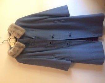 Cashmere and fur early 60's 3/4 sleeve vintage women's coat