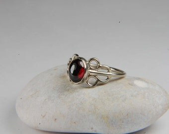 Red Garnet Ring Artisan Ring Red Natural Stone Ring Garnet Jewelry January Birthstone Ring Artisan Jewelry