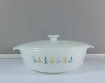 Vintage Fire King Anchor Hocking Atomic Candle Glow milk glass 1.5 quart casserole dish with lid - Fire King Casserole Candle Glow Design
