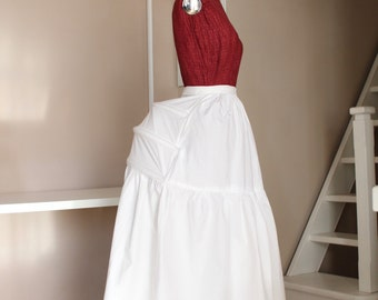 Petticoat with 1870/80 pouch, for Victorian dresses with pouches.