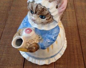Cat Teapot, Ms. Cat Teapot by Heritage, Vintage Cat Teapot
