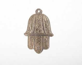 Small 6cms silver Moroccan khamsa, marked