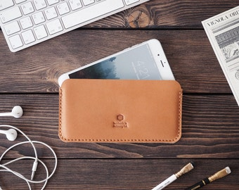 iPhone 7 Plus leather case. iPhone 6 Plus sleeve case. Handmade. Brown color.
