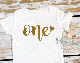 One with Heart Onesie | First Birthday | 12 Months | Glitter Gold | HTV | Happy Birthday | Girl | Cake Smash Outfit | 002