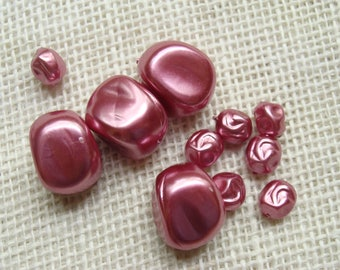 Dark pink metallic nugget bead lot - plastic bead destash - large and small beads, 9mm to 18mm - quantity of 11