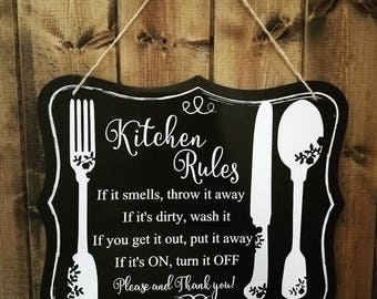 Hanging Kitchen Rules Sign