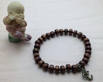 7981 - Yoga Bracelet, Om, pearl coral