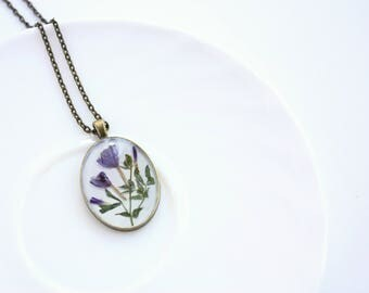 Natural flowers necklace - Purple dried flower bouquet - Botanical jewelry - Real flowers and plants - Pressed flower necklace