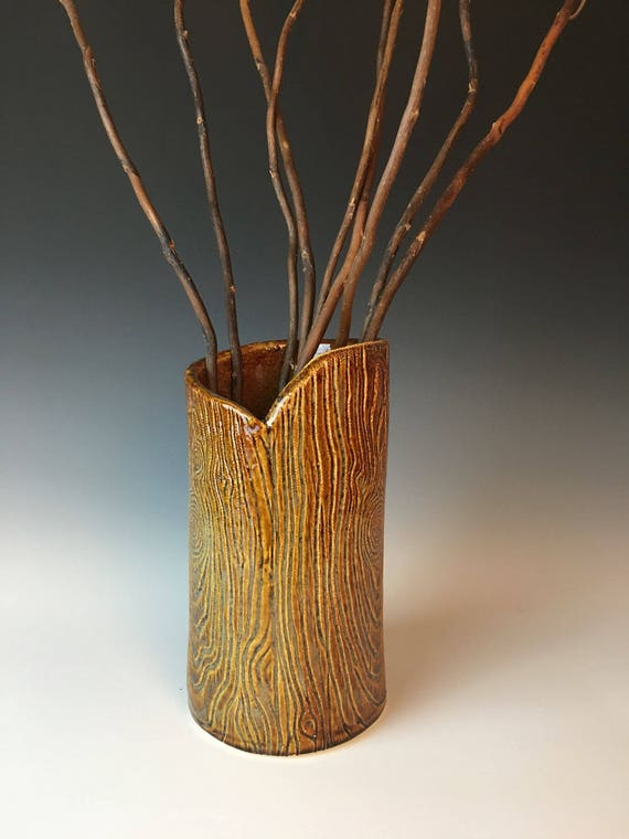 Pottery woodgrain vase