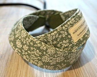 Cottage Chic Camera Strap - Rustic Chic Green DSLR Camera Strap - Floral Photography Accessories - Handmade Neck Strap