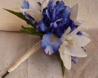 Lily & Iris bouquet, Spring bouquet, Beach bouquet