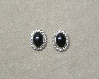 Black Onyx STERLING silver post earrings with a flat wire twist.