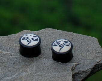 Organic Plugs, Nepalese design (Polished Bone & Horn)