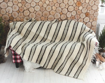 Queen Size, White striped blanket, wool throw, wedding gift, handmade wool throw blanket, Woven Bedspread, Striped Bed Cover, Cozy Coverlet