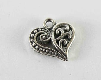 100 pcs heart charms 14x14 mm antique silver heart pendant carved heart charm lovely charm for necklace charms for jewelry findings silver