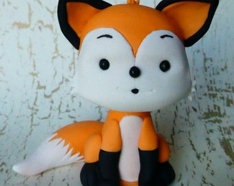Fondant Fox Cake Topper