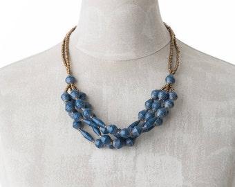 Paper necklace FELISTAS | shabby blue | Uganda
