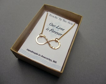 Gold Infinity Necklace Figure 8 Necklace, 14kt Yellow Gold Fill Jewelry Hammered Infinity Link Necklace Gift for Her Wedding Jewelry