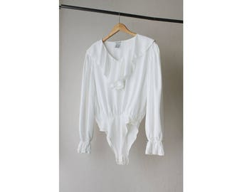 1990s Express White Ruffled Blouse Bodysuit