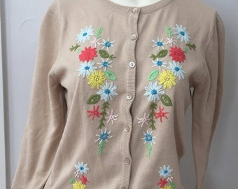 90s Vintage Sweater Floral Embroidered Oatmeal Tan Cardigan Sweater Size M to L Womens Flower Knit Cardigan 90s Cotton Cardigan Floral NWT