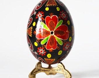 Pysanka Ukrainian Easter egg hand painted handmade in Canada by artist Katya Trischuk
