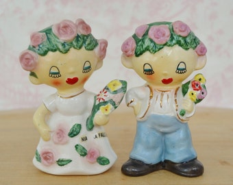 Vintage 1950s Salt and Pepper Shakers of Flower Bride and Groom by Lipper & Mann Niagara Falls Souvenir
