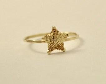 14k gold starfish ring, 14k starfish ring, 14k stackable ring, Nature ring, 14k gold ring, 14k knuckle ring, 14k star ring, gift for her
