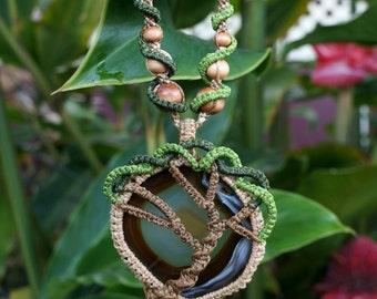 Agate Tree Macrame Necklace