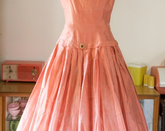 SALE coral/persimmon 1950's full skirt dress