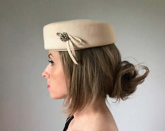 Vintage Ivory Wool Pillbox Hat