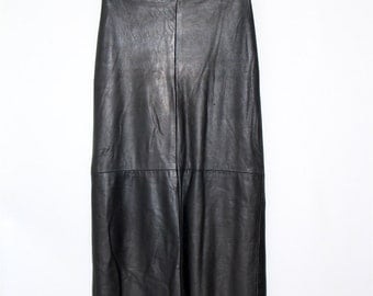 Vintage Clothing • Long Leather Skirt • Black Leather Maxi Skirt • Made in Canada • Danier Leather • Pencil Skirt