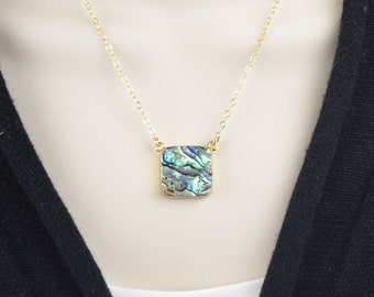 Abalone Shell Necklace - Bezel Necklaces for Women - Mermaid Necklace -  Abalone Jewelry - Shell Jewelry - Pendant Necklace - Beach Jewelry