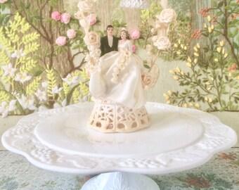 Cake Stand Cake Plate Milk Glass Cake Stand Pedestal Cake Stand Vintage Cake Stand Dessert Table Footed Cake Plate Dessert Plate Cupcake