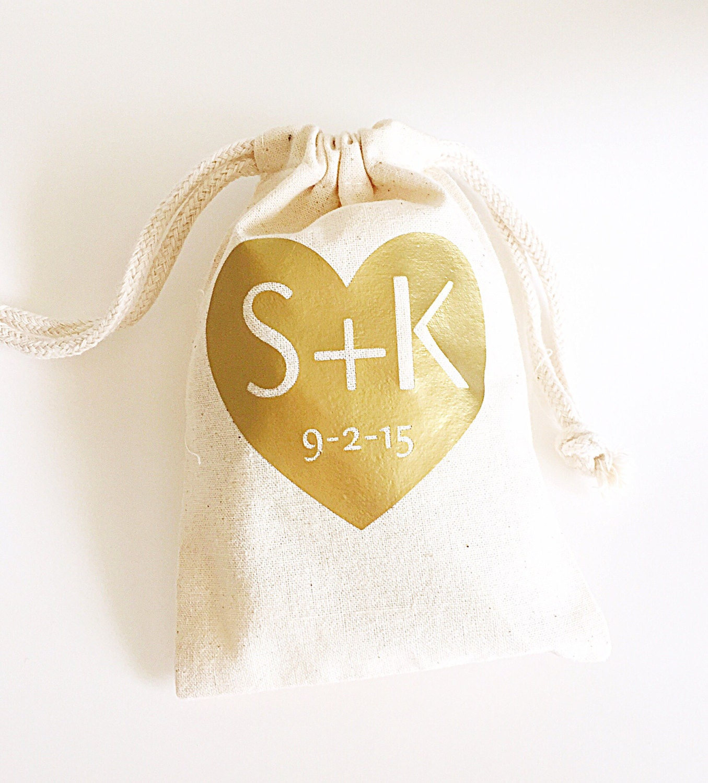 Personalised Wedding Gift Bags Guests : Wedding Guest Wedding Favor Custom Wedding Favor Bags