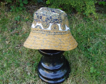 Reversible sun hat, age 3-5 years (51 cm, 20 inches)