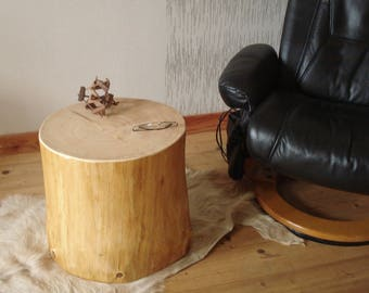 Coffee trunk table